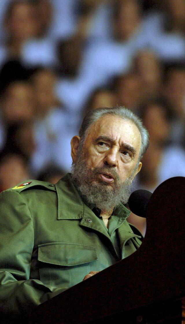 Fidel Castro se jubila de todos los cargos después de casi medio siglo en el poder