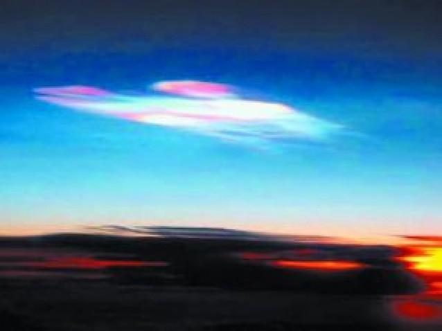 """Las """"nubes nacaradas"""" se verán por primera vez en la península"""