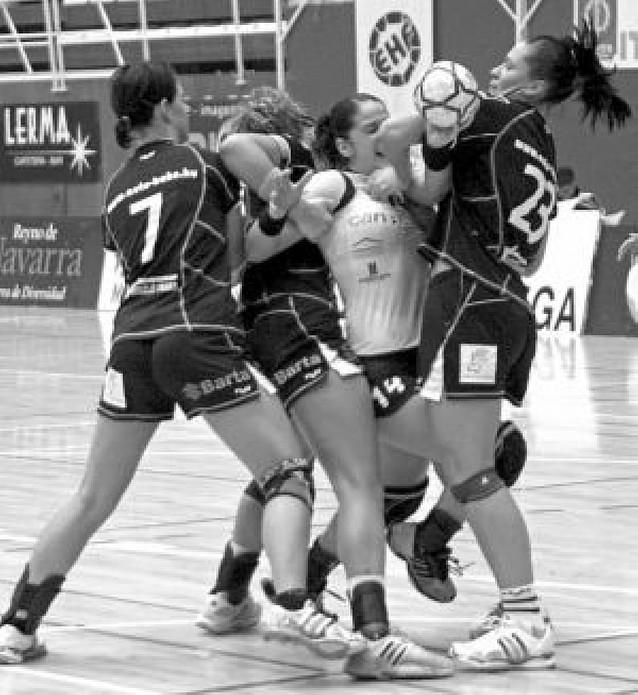El Itxako Navarra peleará con las francesas del Metz su pase a semifinales