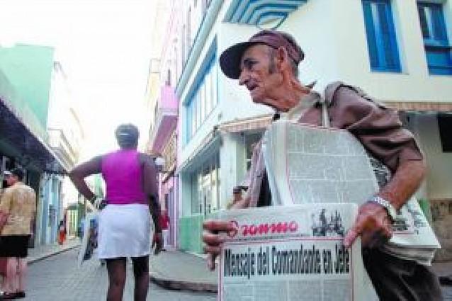 Cautela y tranquilidad en La Habana mientras la radio repetía el mensaje de despedida