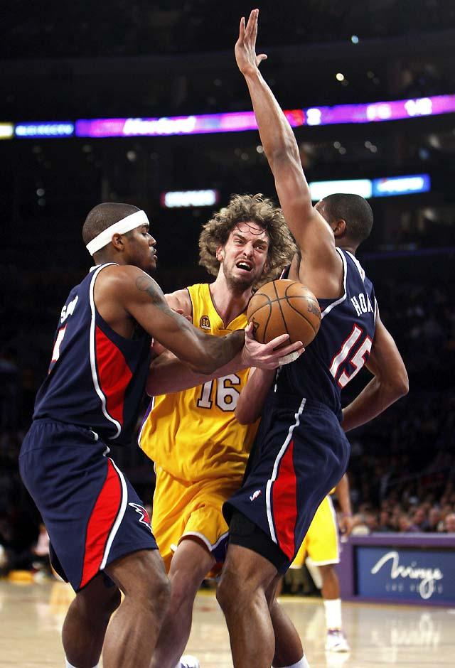 Debut soñado de Gasol con exhibición de los Lakers en el Staples Center