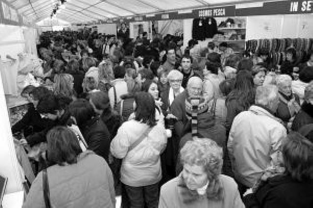 La primera feria del stock de Tafalla reunirá a veinticuatro comercios