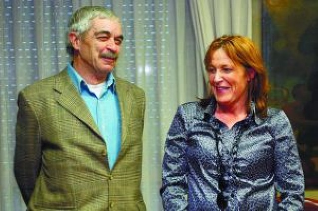 Diario de Navarra renueva su convenio con la Coral de Cámara