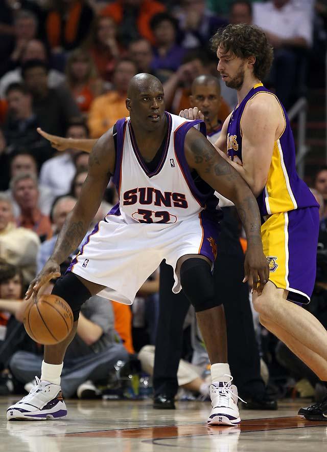 Bryant y Gasol se exhibieron en el debut de O'Neal con los Suns