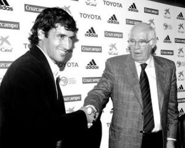 Raúl y Luis firman la paz