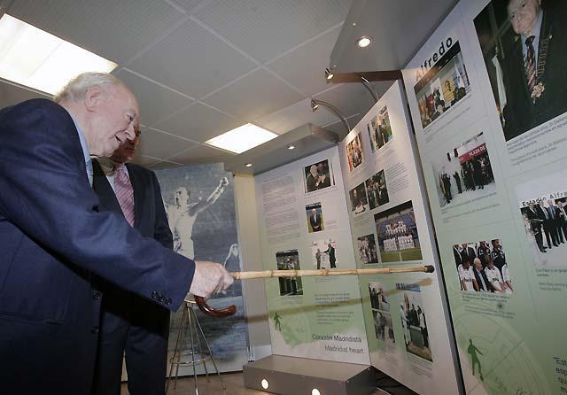 El Real Madrid inaugura la exposición homenaje a Di Stéfano