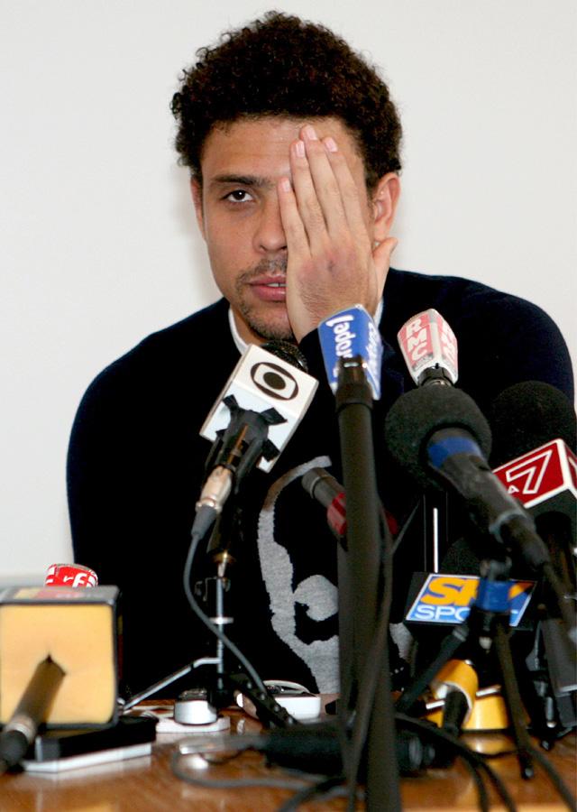 Ronaldo quiere volver a jugar pero no sabe si podrá hacerlo