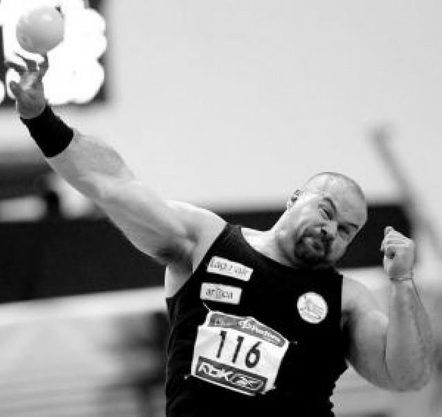 Manolo Martínez consigue su decimosexto título