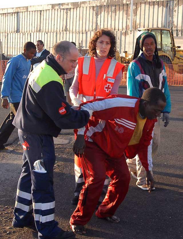 Interceptado un cayuco con 85 inmigrantes a bordo cerca de la costa sur de Gran Canaria