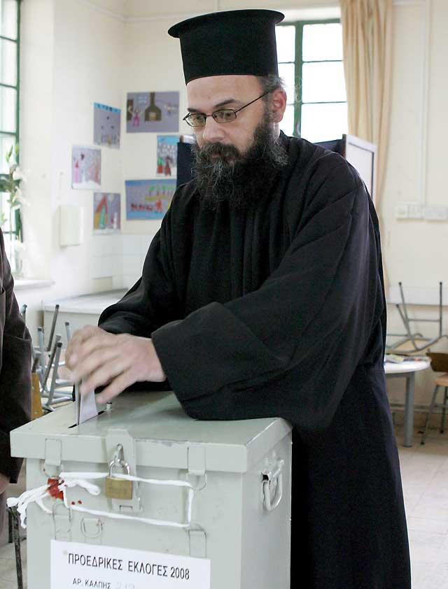 Dimitris Christofias gana las elecciones presidenciales en Chipre