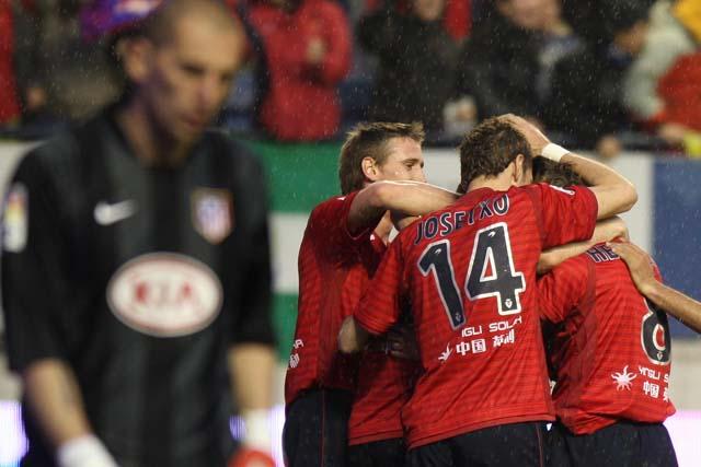 Osasuna respira a costa del Atlético de Aguirre (3-1)