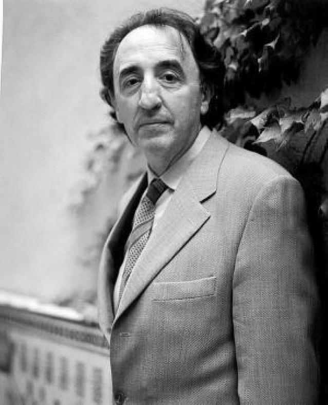 Petros Mçarkaris