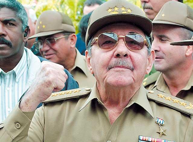 Raúl Castro elegido como sucesor de su hermano Fidel al frente de Cuba