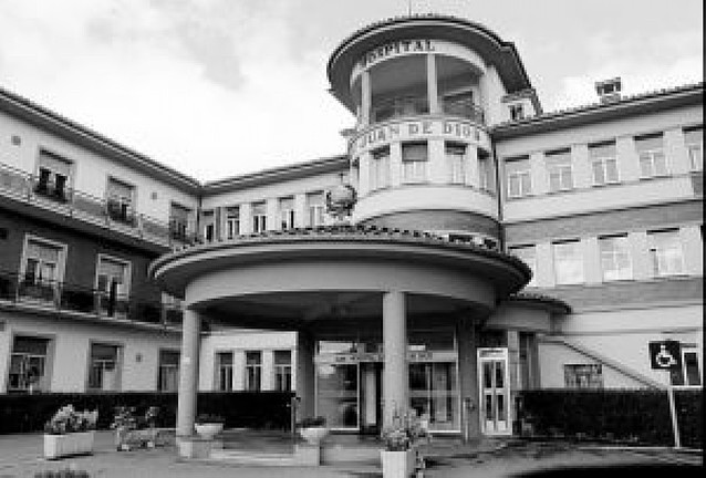 Salud concierta 40 camas para pacientes geriátricos en San Miguel y San Juan de Dios