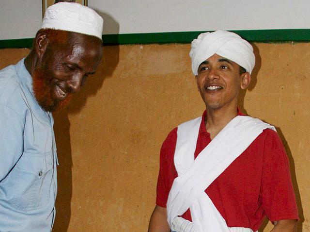 """Obama y Clinton se acusan de """"trucos sucios"""" por una foto"""