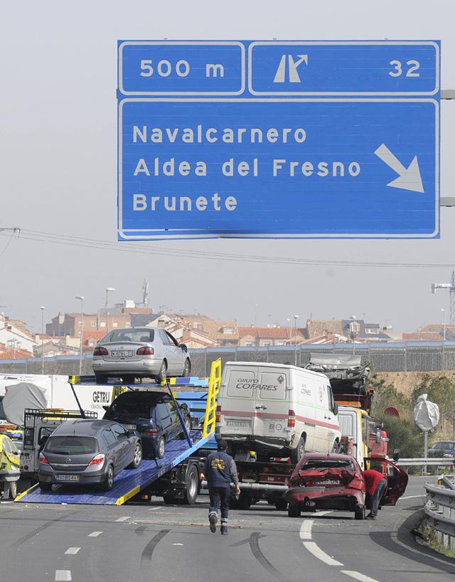 La niebla provoca un accidente con 35 heridos y 90 vehículos siniestrados en la A5 cerca de Madrid