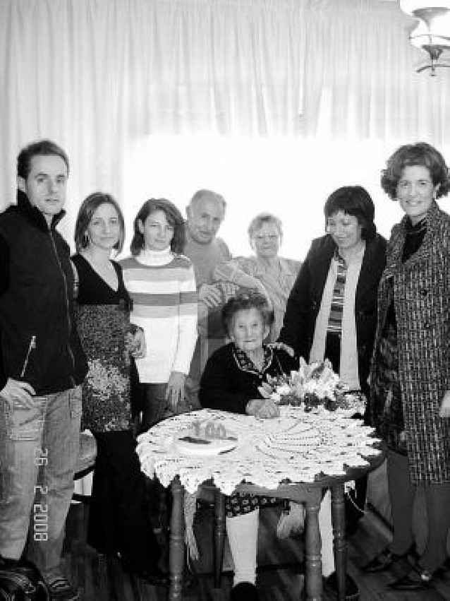 Julia Igea Sesma cumplió ayer cien años en Estella