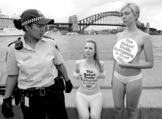 PETA pide a los australianos que se piensen el venir a San Fermín