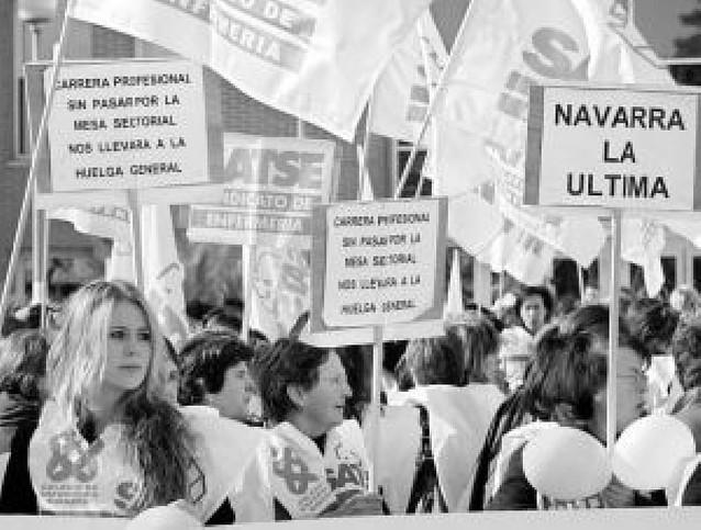 """Las enfermeras seguirán con movilizaciones por una carrera profesional """"digna"""""""