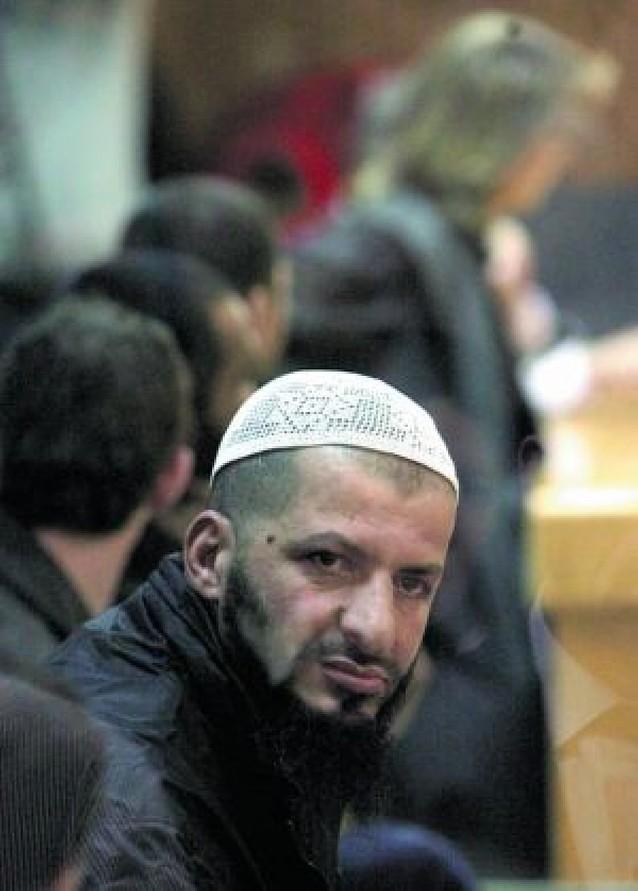 """Condenados 20 """"yihadistas"""" que formaron una célula en una cárcel"""