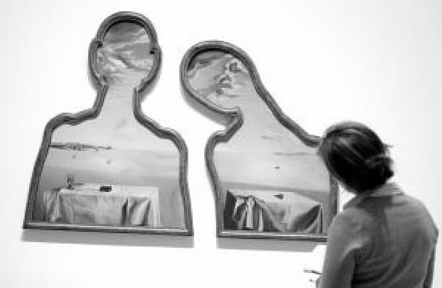 El espíritu del surrealismo se adueña de las salas del Guggeheim de Bilbao