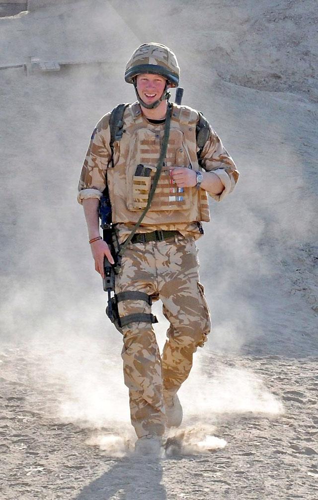 Reino Unido saca al príncipe Harry de Afganistán por motivos de seguridad