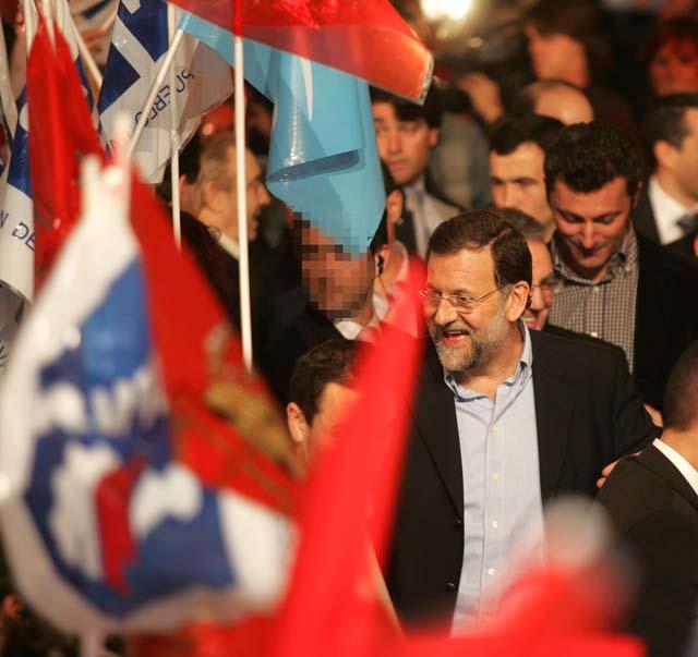"""Rajoy se compromete a garantizar la """"genuina foralidad"""" de Navarra"""