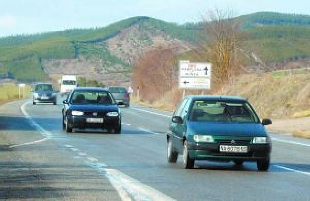 Cinco municipios solicitan que se amplíe la carretera Aoiz-Pamplona