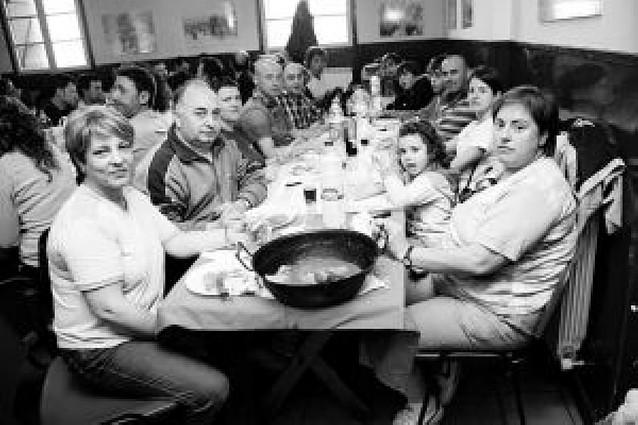 El Ayuntamiento de Tulebras paga las comidas de su grupo
