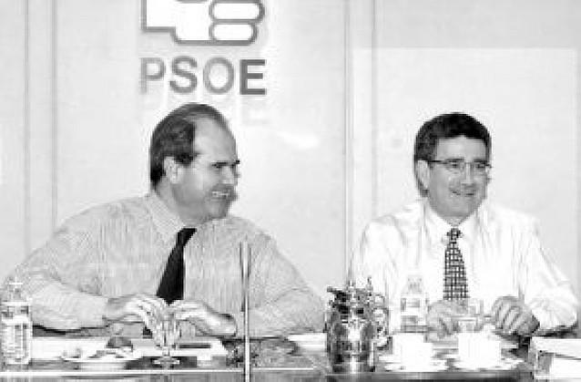 El PSOE acusa al PP de insultar a los andaluces
