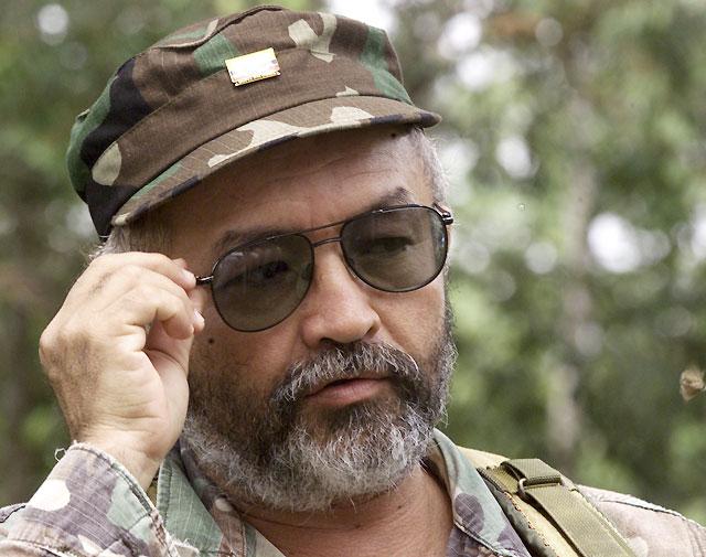 """Mueren en un bombardeo en Ecuador el """"número dos"""" de las FARC y otros 16 rebeldes"""