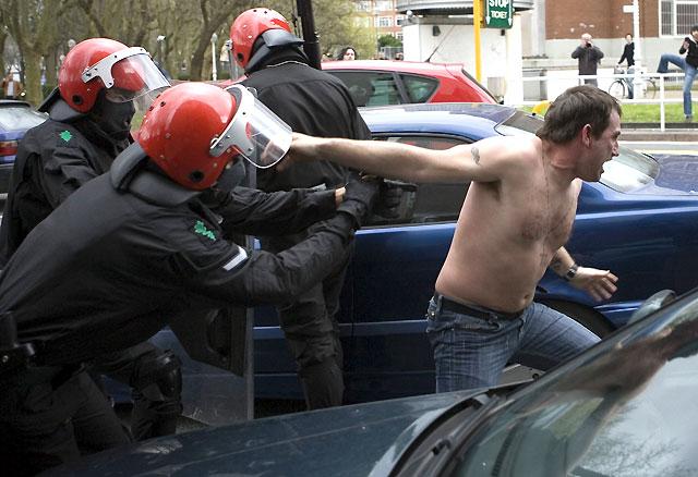 Dos detenidos en los disturbios en San Sebastián entre la izquierda abertzale y la Falange