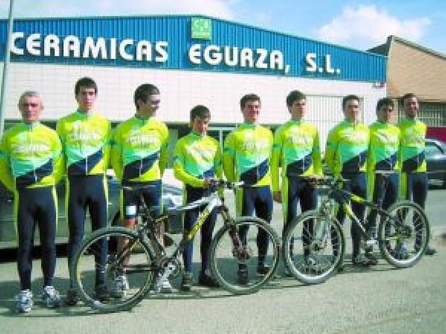 La creación de un equipo refuerza la actividad del Club BTT Saltamontes de Estella
