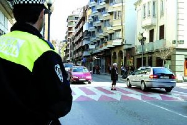 159 personas optan a diez plazas de Policía Municipal