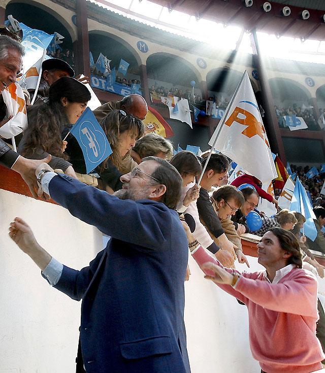 """Rajoy y Aznar apelan al voto de la izquierda para que Zapatero no se """"cargue"""" España"""