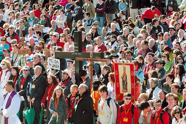 14.000 personas participaron en las dos jornadas de la primera Javierada