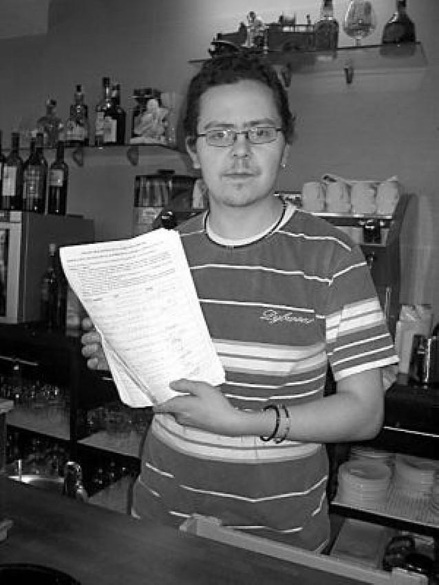 Recogen 500 firmas en laChantrea y Orvina por los cambios de las villavesas