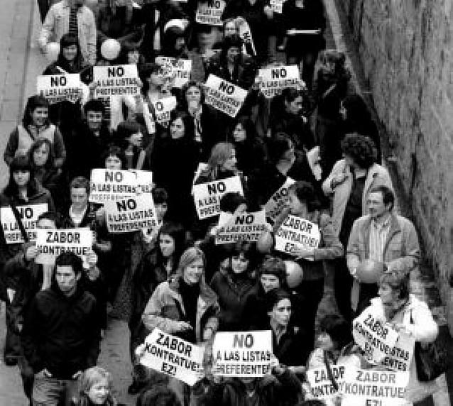 Los profesores interinos tienen convocada hoy una segunda jornada de huelga
