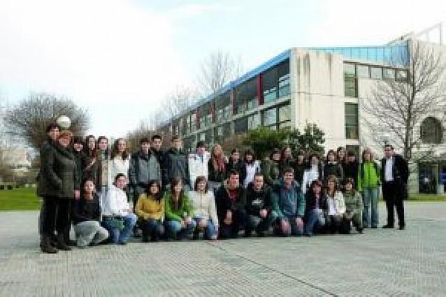 Alumnos de Burlada y Tudela visitan la UPNA
