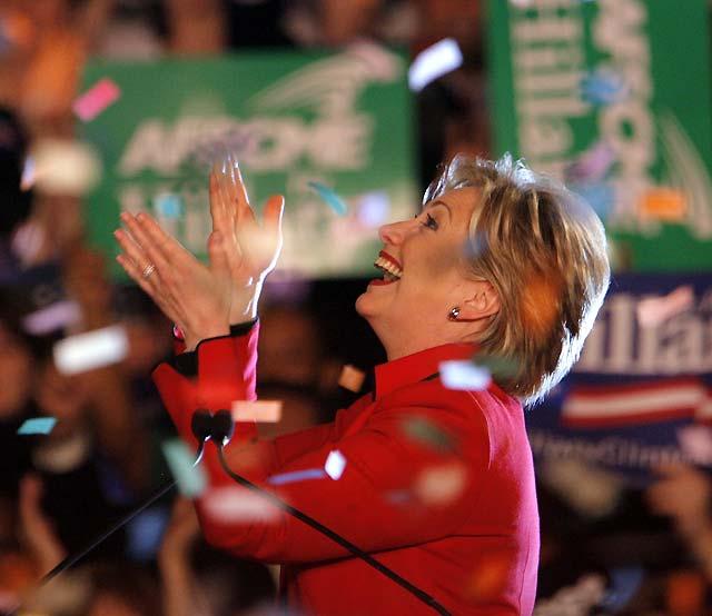 Prosigue la lucha entre Obama y Clinton mientras McCain logra la candidatura republicana