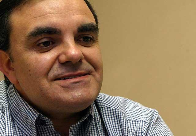 Mensaje de ánimo de Eduardo Vall, secretario general del PSN-PSOE en Pamplona, a Carlos Chivite