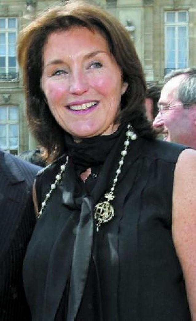 La ex mujer de Sarkozy se casa