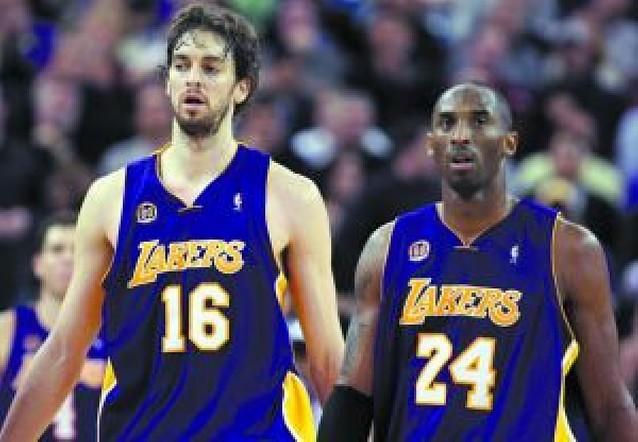 Gasol firma su mejor partido con los Lakers