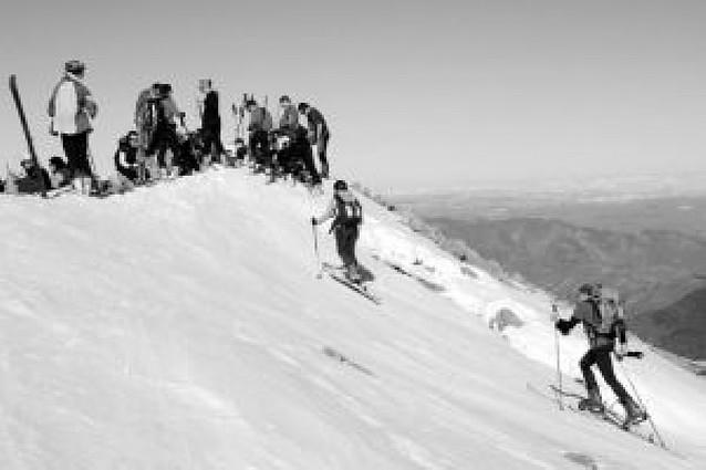 """La """"Alta Ruta de Belagua"""" supo encontrar la nieve"""
