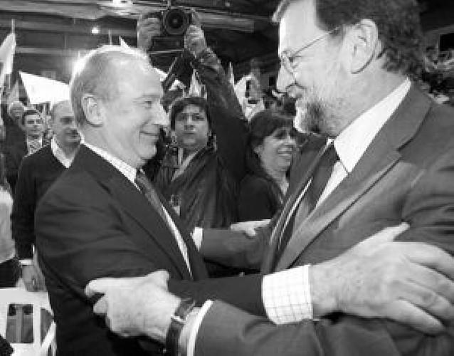 Rajoy promete la política económica que hizo Rato durante ocho años