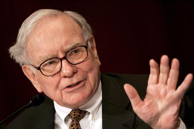 El financiero Warren Buffett destrona a Bill Gates como el hombre más rico del mundo