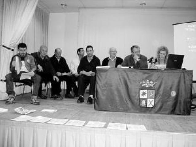 La federación navarra de peñas taurinas se reúne en Mendavia