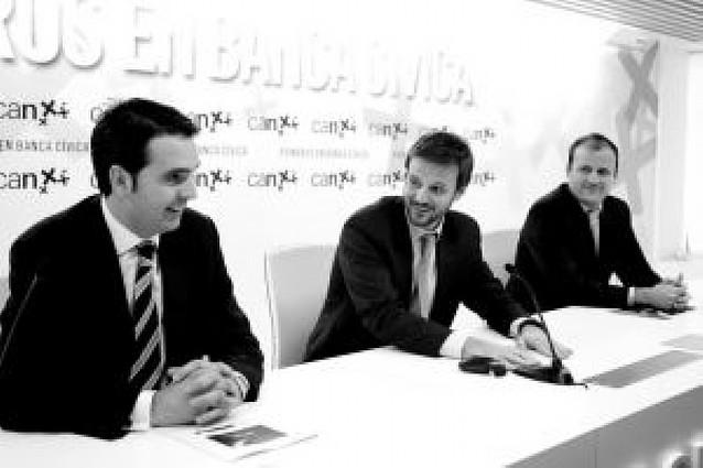 Dos navarros, entre 12 aspirantes a liderar a los emprendedores de Caja Navarra