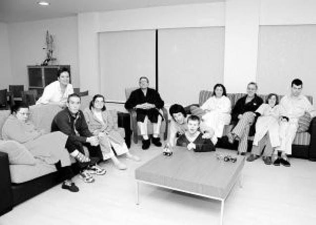 Una gran familia de once personas