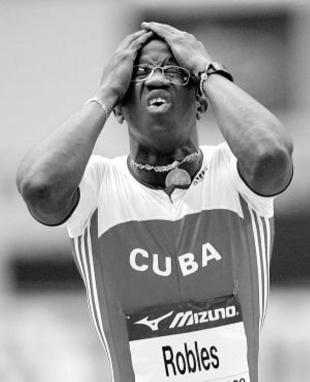 El despiste del cubano Robles, la anécdota de la jornada